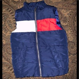 Tommy Hilfiger puffy sleeveless vest sz 4t